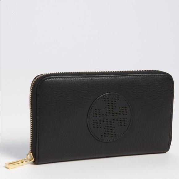 0243cff611ad NWT Tory Burch Kipp Continental Zip Wallet